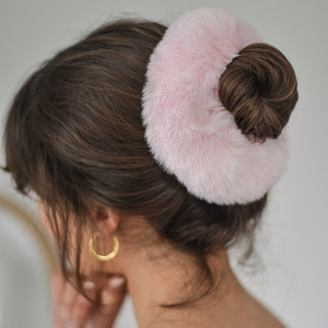 Girl modelling Faux Fur Oversized Scrunchie in Pink