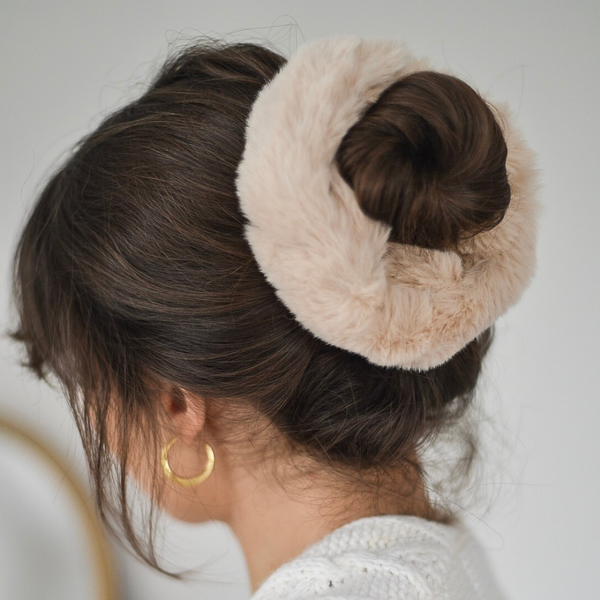 Girl modelling Faux Fur Oversized Scrunchie in Nude
