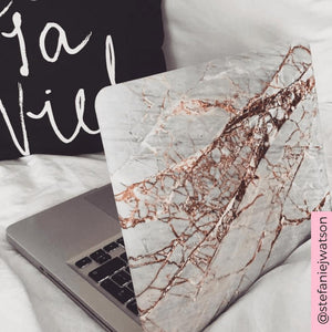Coconut Lane's Rose Gold Marble Macbook Case modelled by @stefaniejwatson