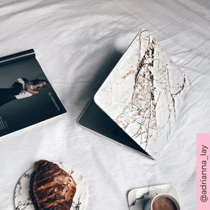 Coconut Lane's Rose Gold Marble Macbook Case modelled by @adrianna_lay