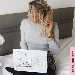 Coconut Lane's Rose Gold Marble Macbook Skin with influencer @the_littlefawn