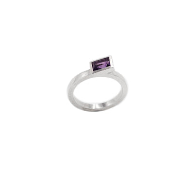 rectangular minimalist white gold ring with amethyst
