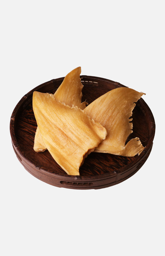 Dried Shark's Fin (around 4 Taels/pc)