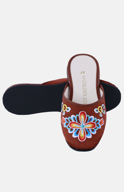 Silk Embroidered Slipper (Cruciferae Flower)