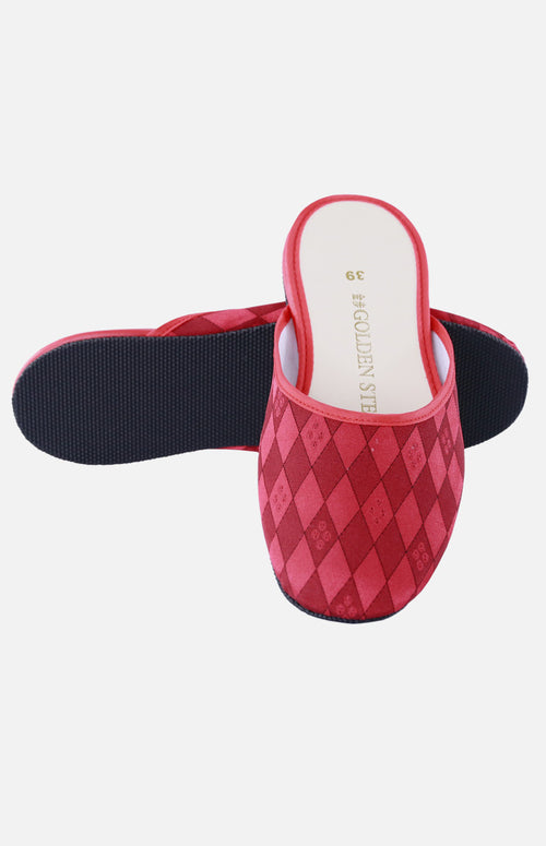 Silk Embroidered Slipper (Rhombus)