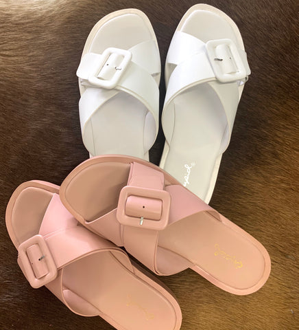 Squishy Single Buckle Slides {2 Colors}
