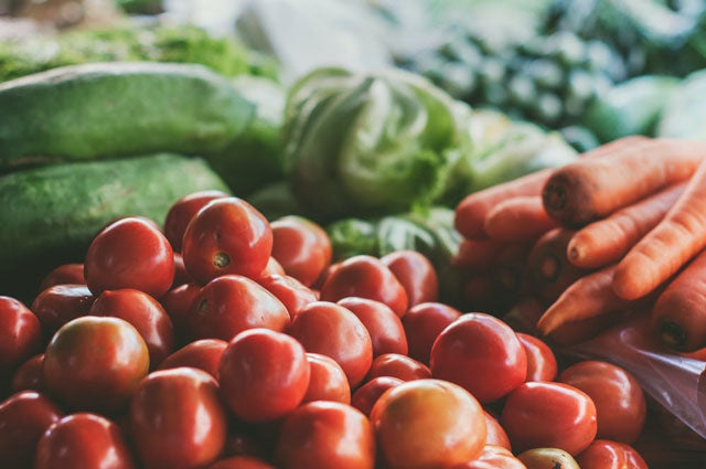 fresh produce for a healthy diet meal plan