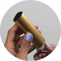Gold-Dual-Use-Vaporizer-In-Hand