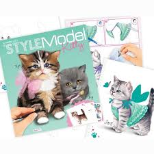 Style Model Kitty Create Your Own Drawing Pad