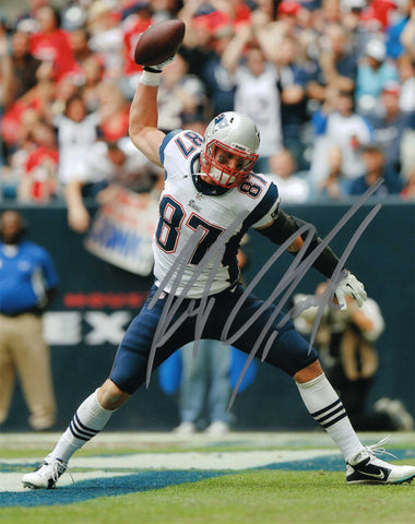 Autographed 8X10 Picture Robert Gronkowski tight end for the New England Patriots of the National Football League NFL COA