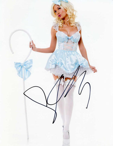 Autographed 8 X 10 Picture Holly Madison Model, Showgirl, television Actress COA