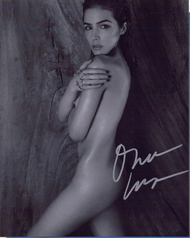 8 X 10 Autographed Picture Olivia Culpo Model Actress Miss Universe COA