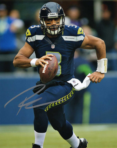 Autographed 8X10 Picture Russell Wilson Quarterback Seattle Seahawks of the National Football League NFL COA