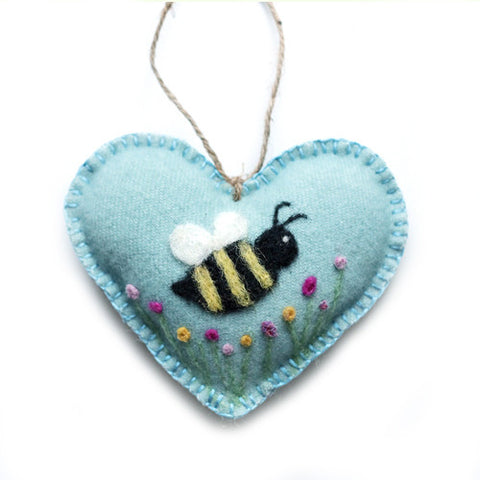 Busy Bee Wool HeART