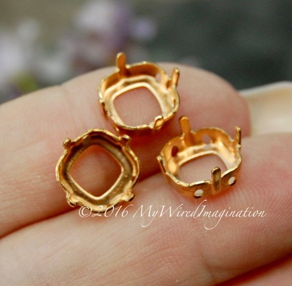 6 pcs Red Brass Sew On Setting, for 10mm 4470 Cushion Cut, Empty Setting