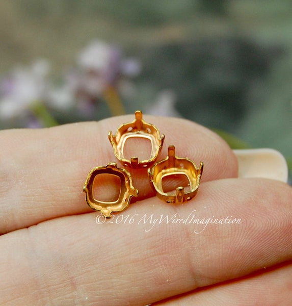 6 pcs, 8mm Red Brass Sew On Setting, for 4470, 4471 & 4671 Cushion Cut Crystals & Stones