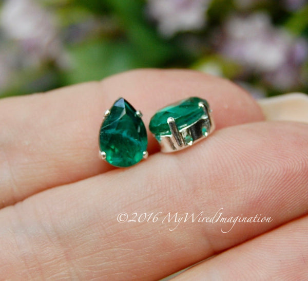 2 Pcs Vintage West German Crystal, Flawed Emerald Green, Transparent 10x7mm