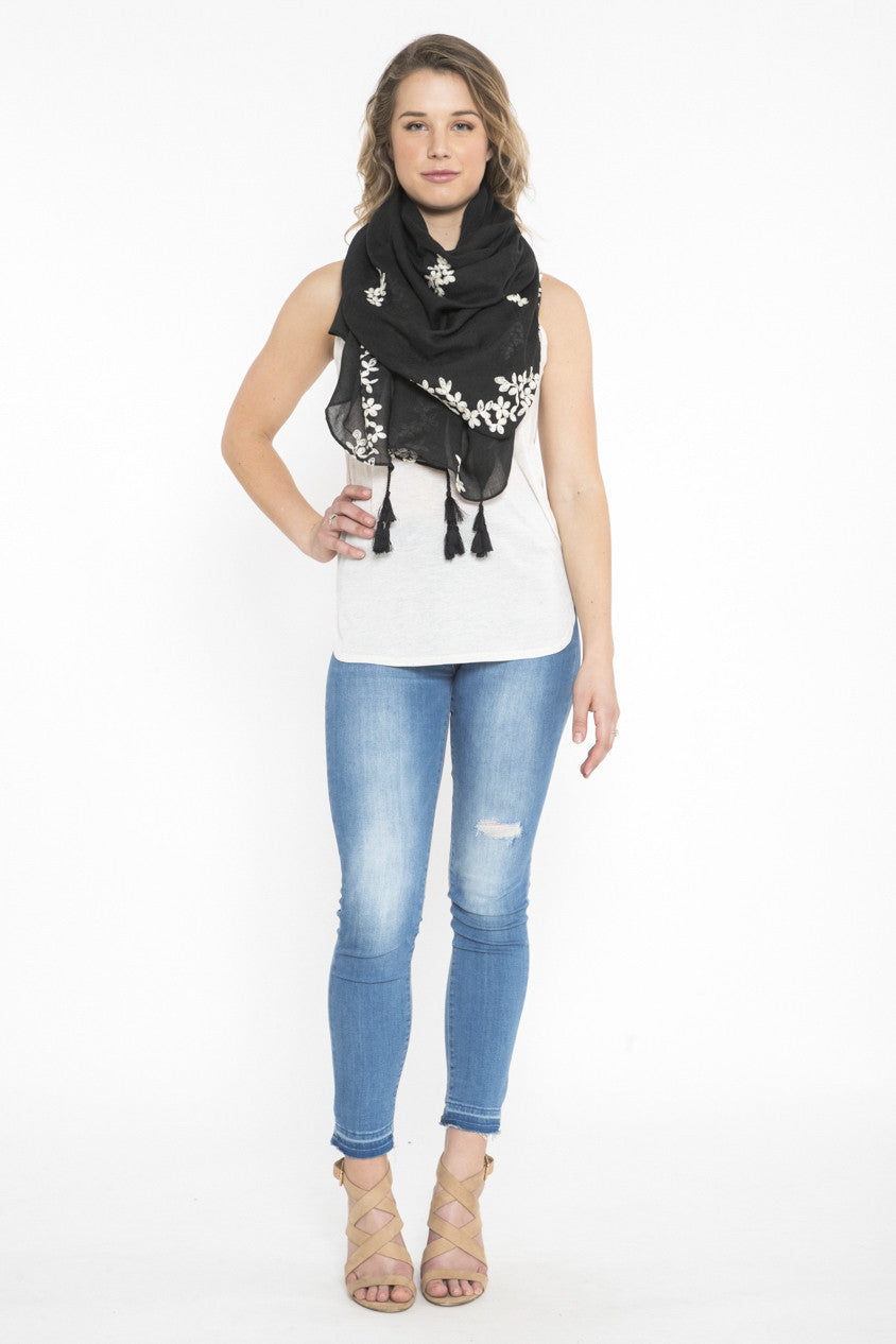 Siloett Scarf Floral Black Embroidered Scarf