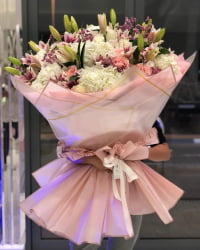 Perfectly handcrafted flower bouquets by our florists.