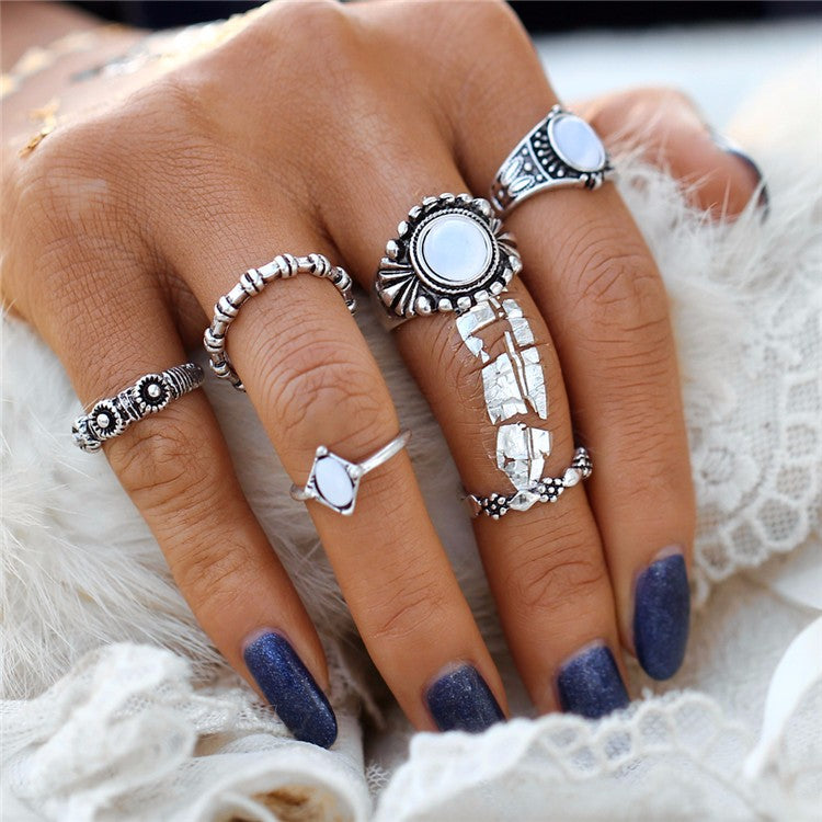 Beautiful White Large Stone Tribal/Vintage Look 5pcs/Set Midi Rings Silver Tone
