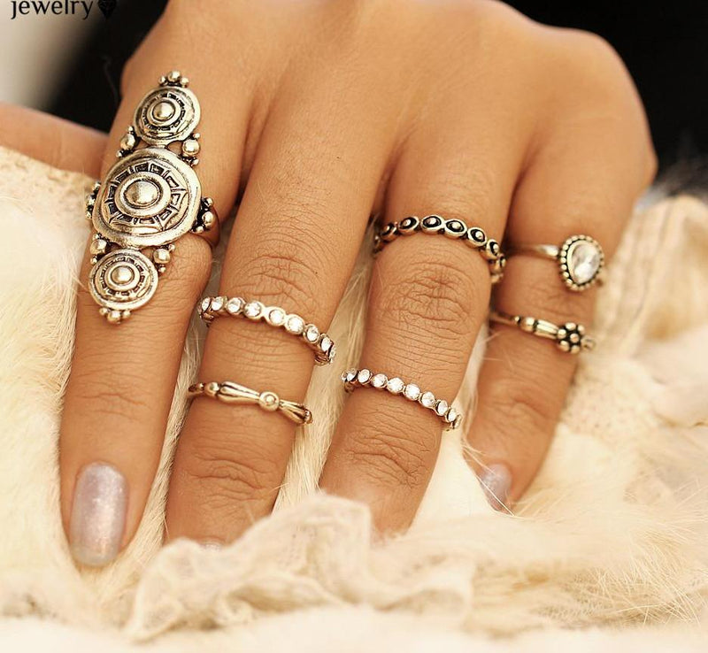 Beautiful Vintage Large Medallion and Dainty Tribal/Vintage Look 7pcs/Set Midi Rings Antique Gold Tone