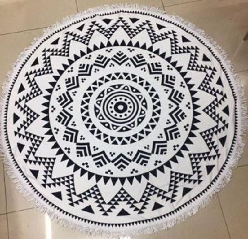 Fun Printed Black/White Mandala Geometric Microfiber Large Round Beach Towel Blanket with Fringe Beach Vacation Summer