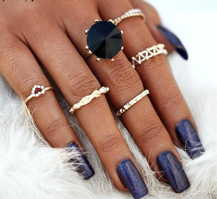 Beautiful Vintage Black Bead and Dainty Tribal Look 6pcs/Set Midi Rings Gold Tone