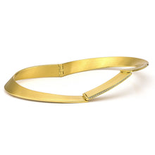 Load image into Gallery viewer, 18K Gold & Diamond Bangle Bracelet