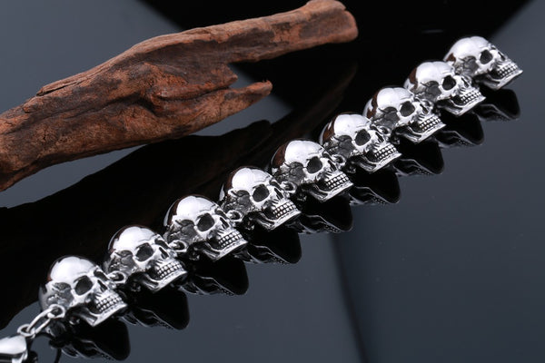 EXCLUSIVE STACKED SKULL BRACELET