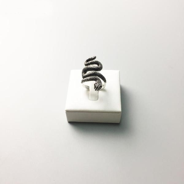 Orcallo Snake Ring