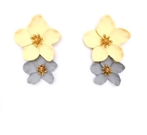 Two-Tone Matte Colored Flower Drops