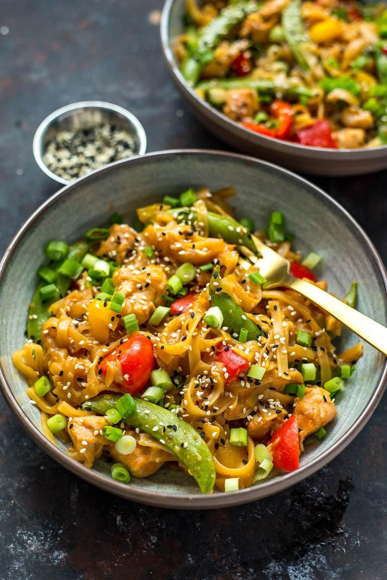 Instant Pot Honey Sesame Chicken Noodle Bowls