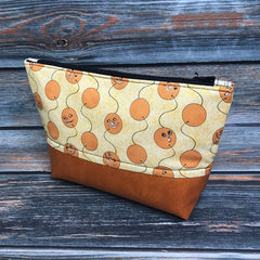 https://www.etsy.com/listing/727758401/halloween-pouch-project-bag-flat-bottom