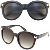 Classic Round Sunglasses with Pyramid Studs