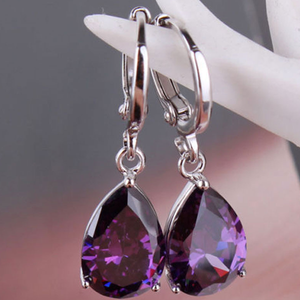 Warrior Teardrop Twinkling Earring