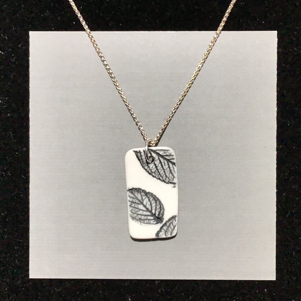 Porcelain Leaf Necklace (reversible) - [STN4003]