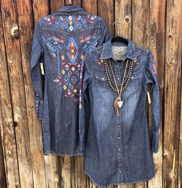 Stetson denim embroidered button up shirt dress