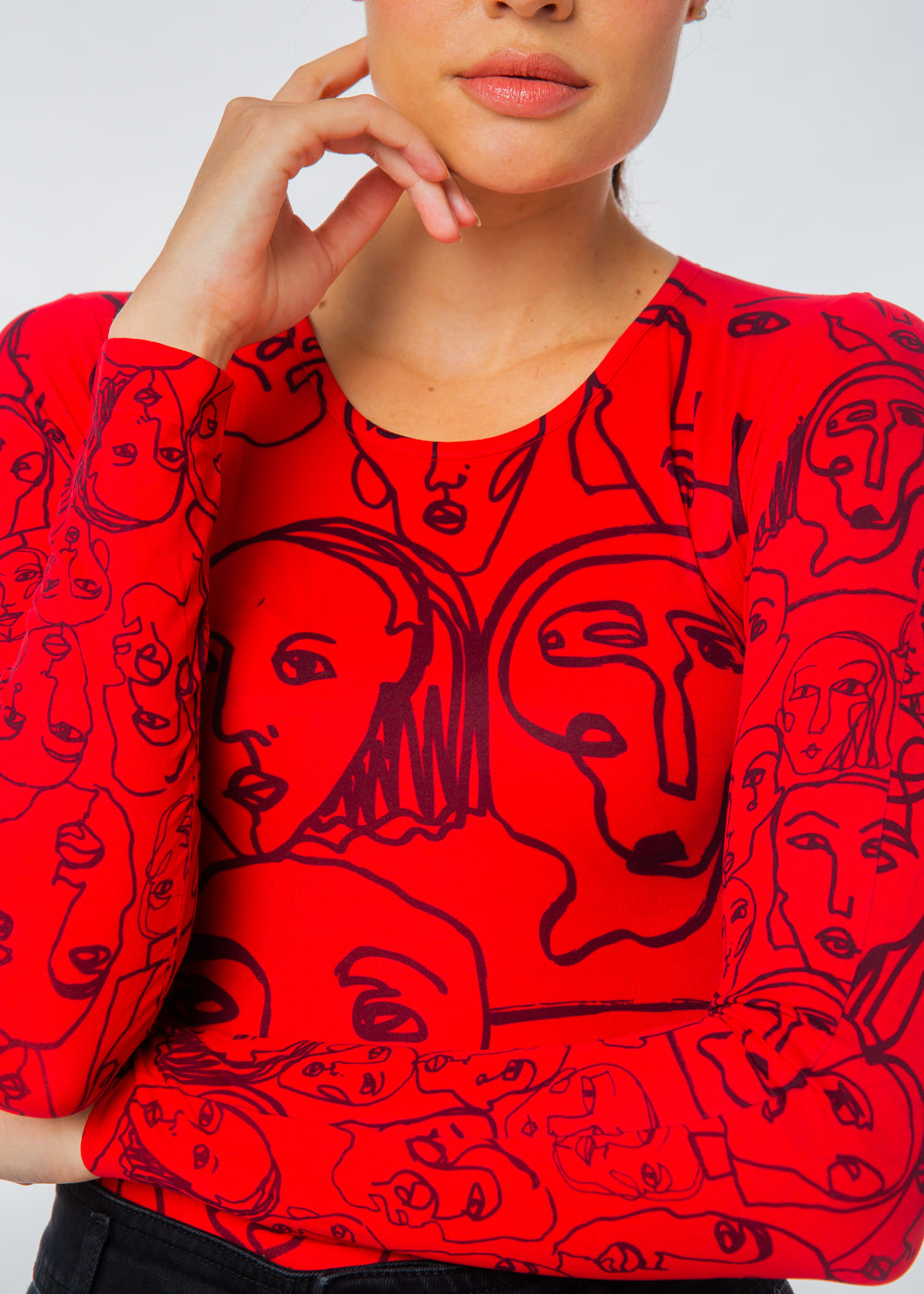 Line Faces Second Skin Crew Neck Top