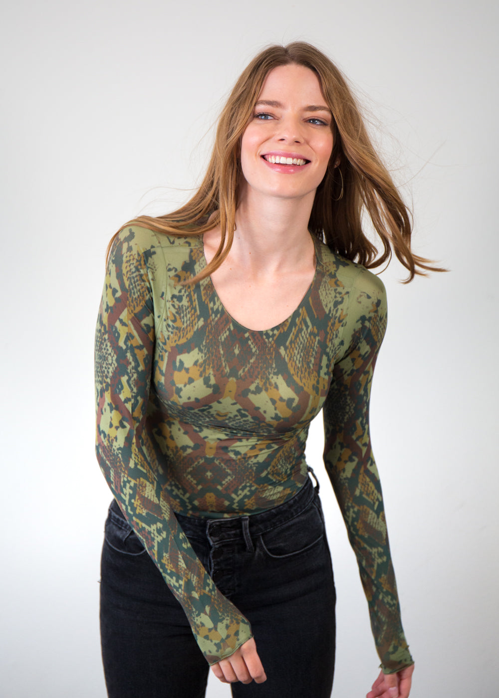 Geo Animal Raw Edge Top