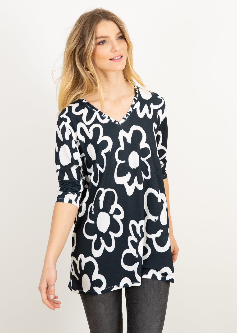 Elle V Neck Tunic in 70's Floral