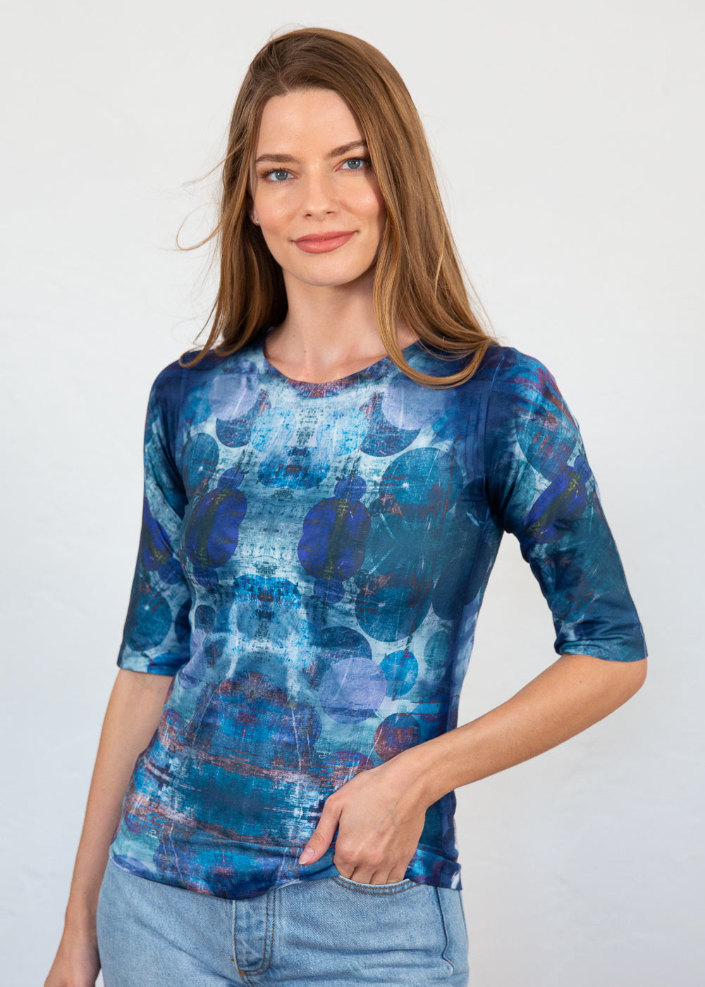 Orbit Elbow Sleeve Top
