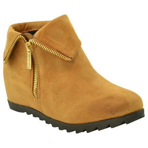 Womens Ankle Boots Faux Suede Cuffed Collar Hidden Wedge Shoes Tan