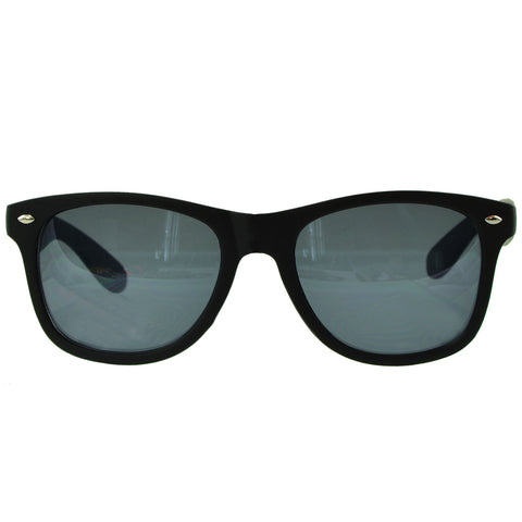 Unisex Classic Wayfarer UV Protected Smoke Gradient Lens Sunglasses black