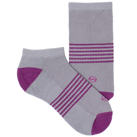 Women's Socks No Show Athletic Comfortable Performance Striped Sock Magenta