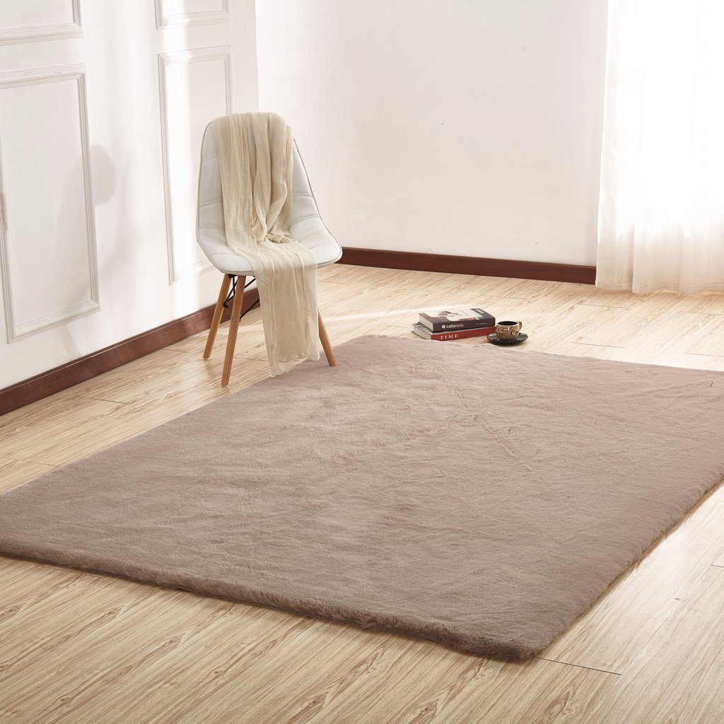 Faux Fur Rug - Rug Factory Plus, Faux Chinchilla Mocha Area Rug & Bed Cover