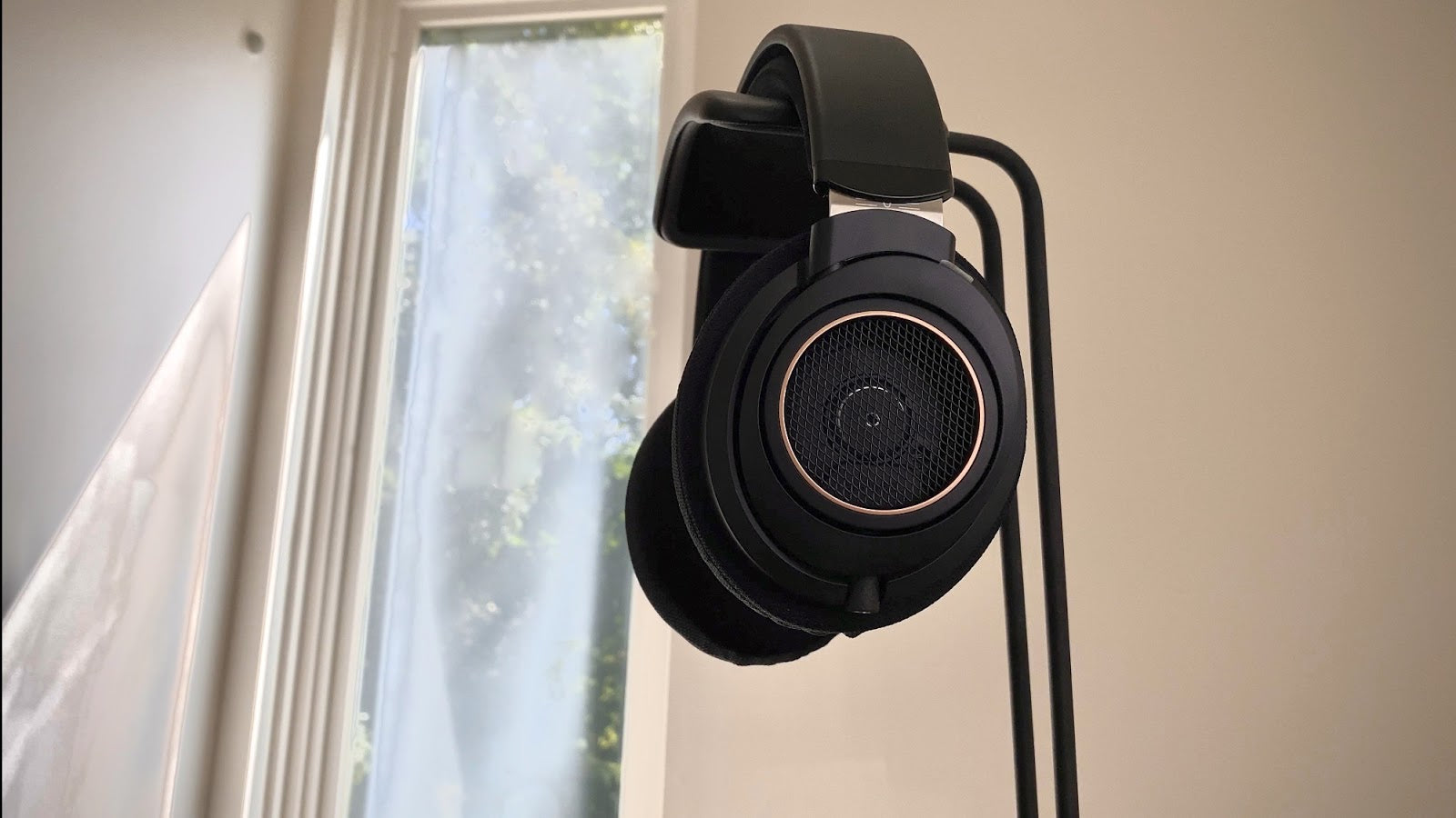 Philips SHP9600, open-back headphones, headphones.com