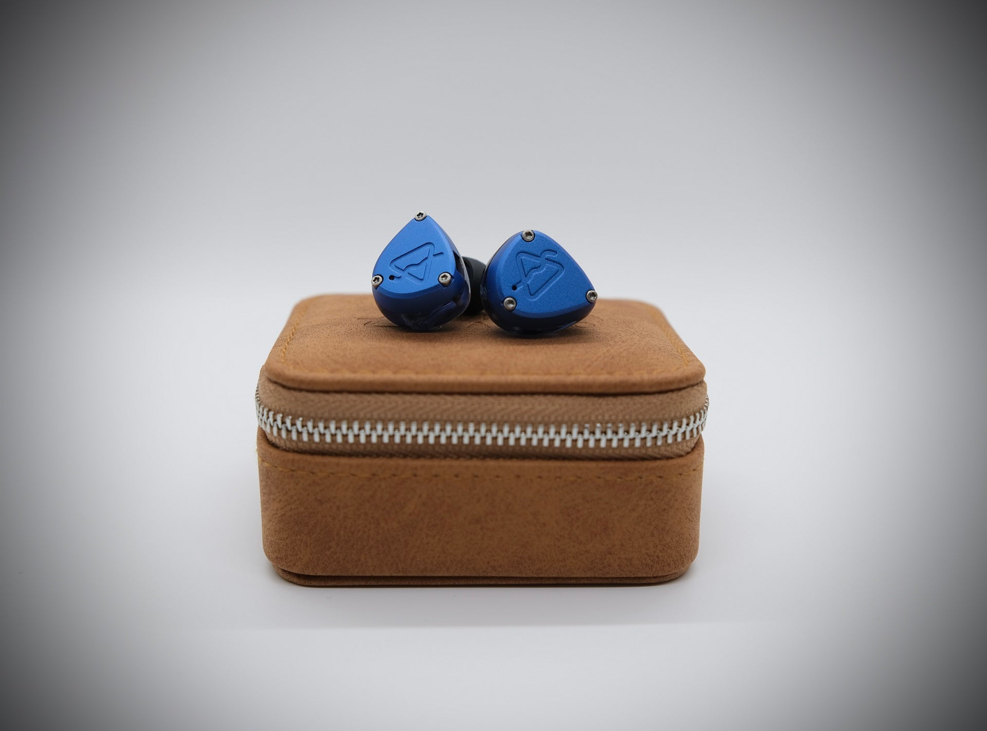 Prisma Audio Azul Review | Headphones.com