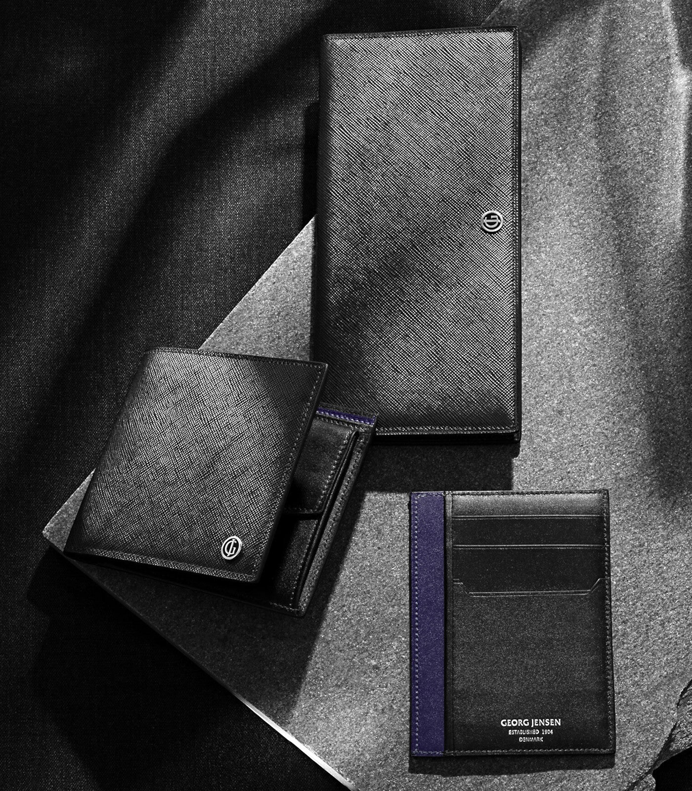 collections/Desktop_GJ_FW14_SLG_STILL-LIFE_BUSINESS-CLASSIC-COLLECTION-01_RGB_150PPI_590ae2d8-a03d-413b-a3ee-cf9f2c561c21.jpg