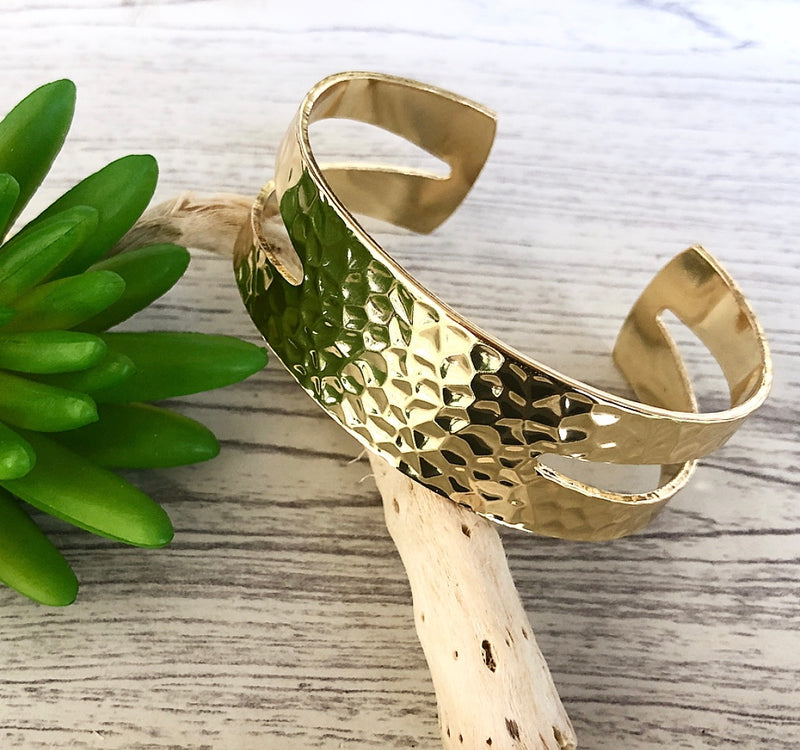 Gold Hammered Metal Open Bangle