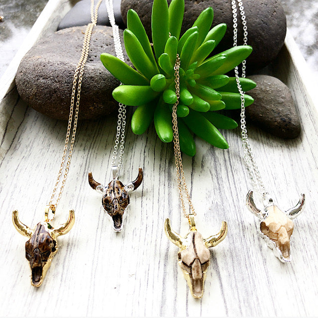 Mini Long Horn Pendant Necklace